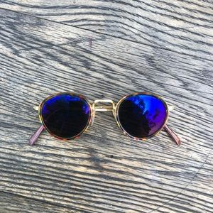 UO Reflective Round Gold Sunglasses w/ Tortoise